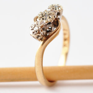 Diamond Anniversary Ring: Vintage 9K Gold, Size 5.5