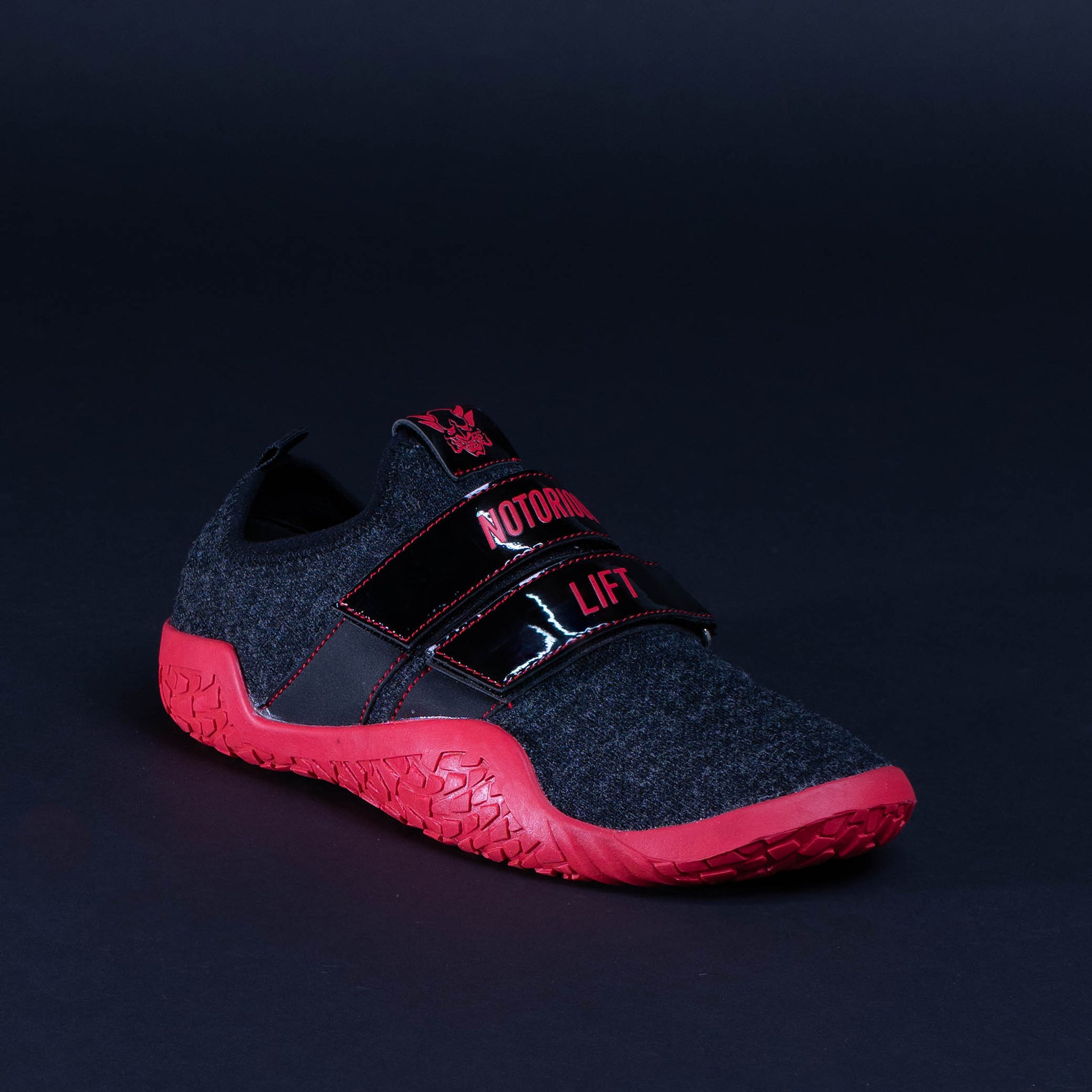 SUMO SOLE GEN 2: BLACK/RED EDITION