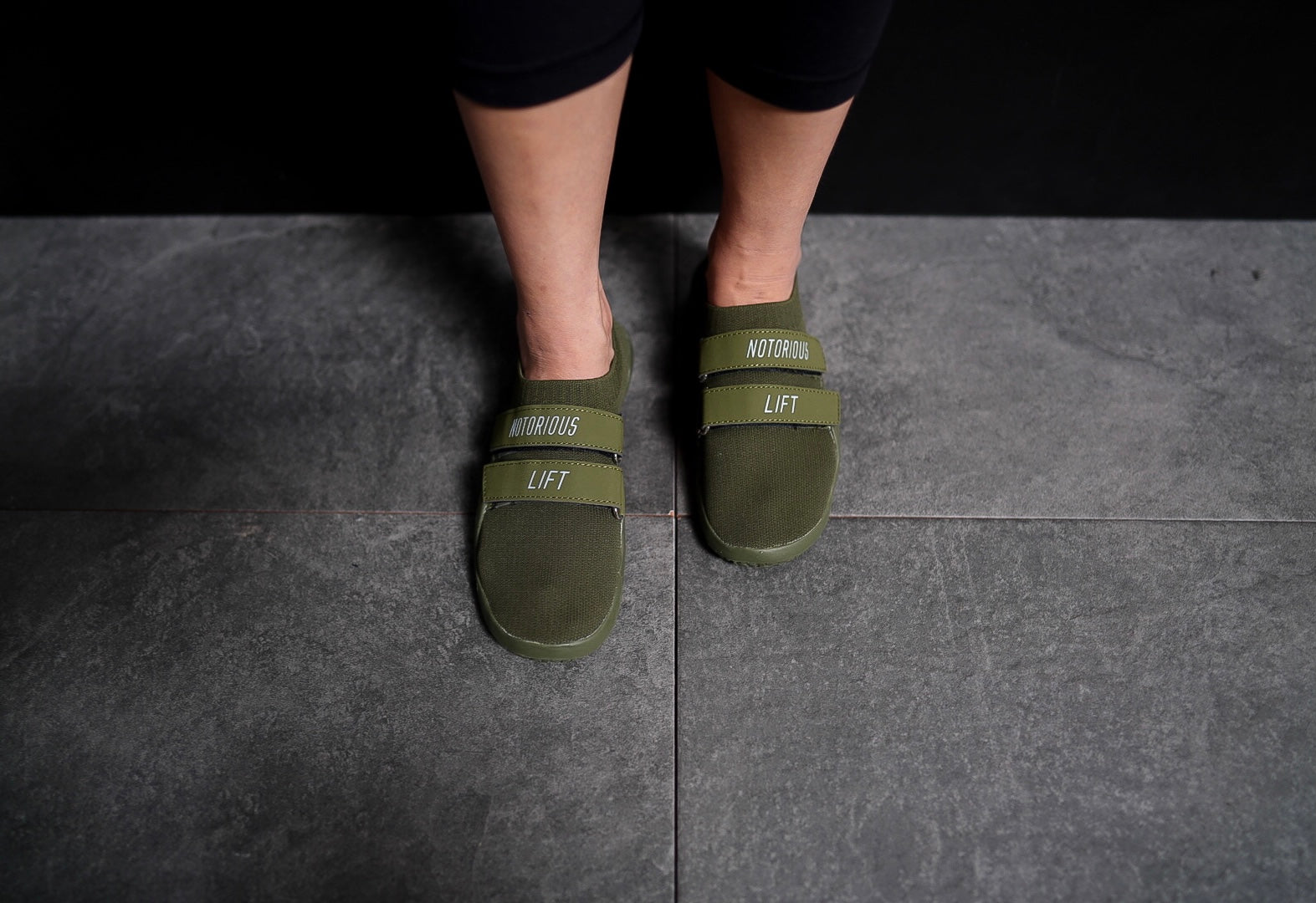SUMO SOLE SLIPPERS: OLIVE GREEN EDITION