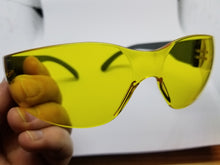 Load image into Gallery viewer, UV blocking eyewear protection