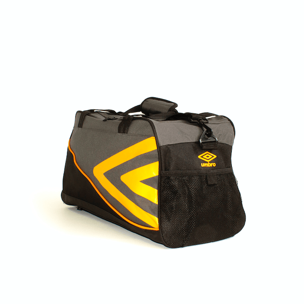 Pro Training Medium Holdall Tog Bag (Carbon) - Umbro South Africa