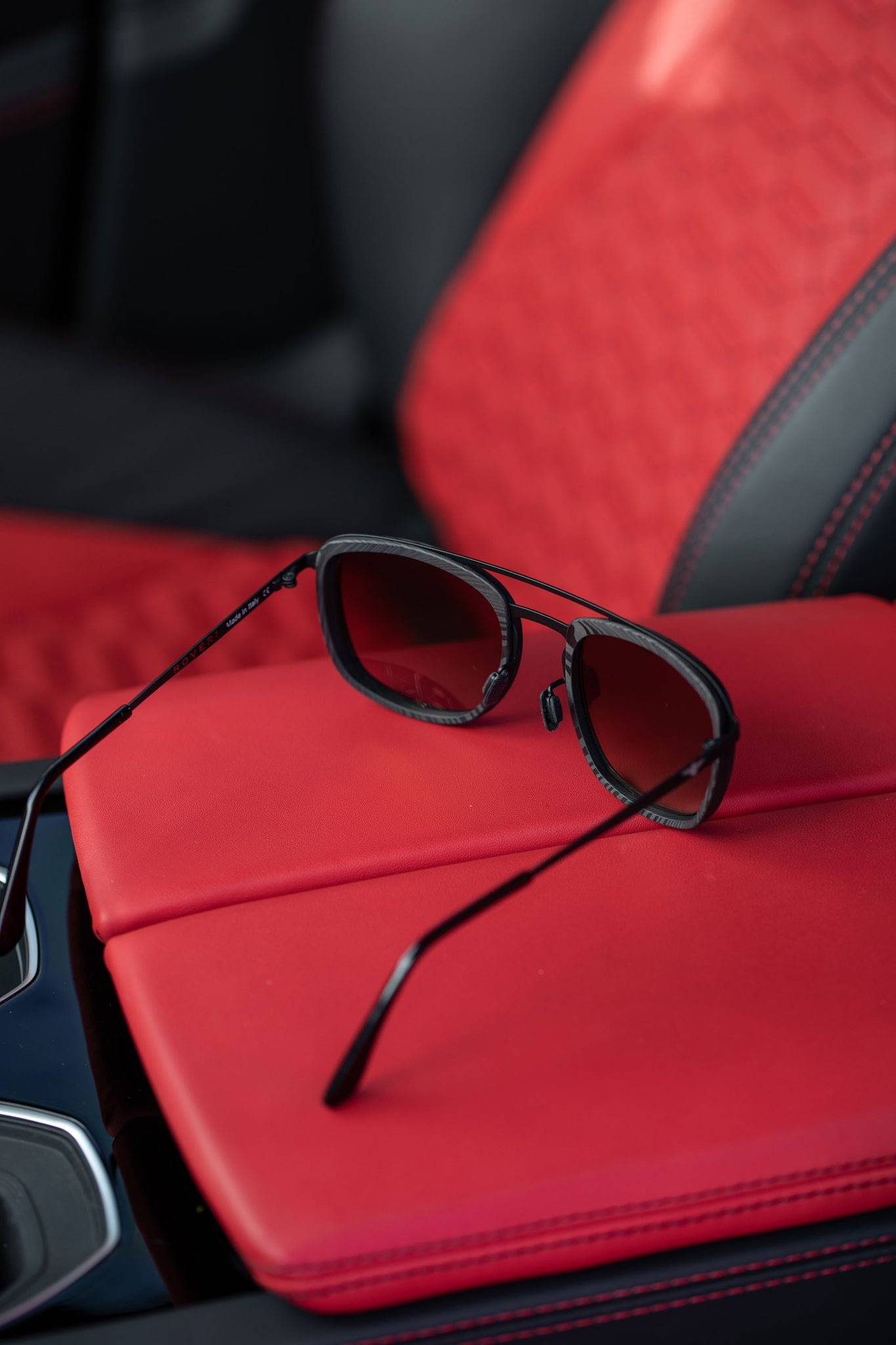Roveri Eyewear carbon-titanium aviators rv018 photoshoot with Lamborghini Urus.