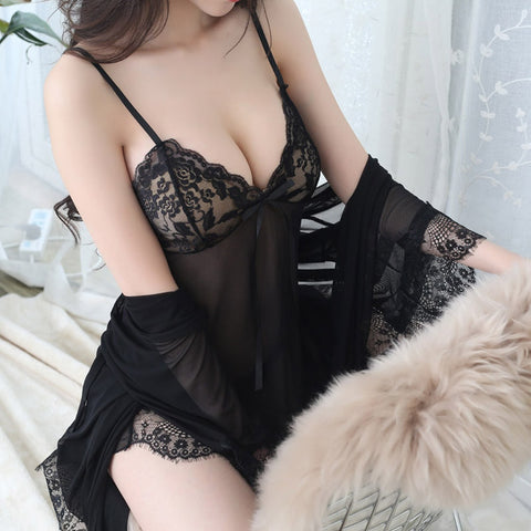 Nightwear with mesh halter and robe