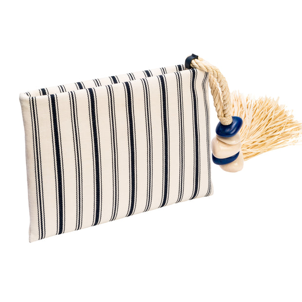 Taurea Navy Clutch