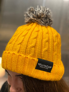 Pom Beanie (6 colors available)