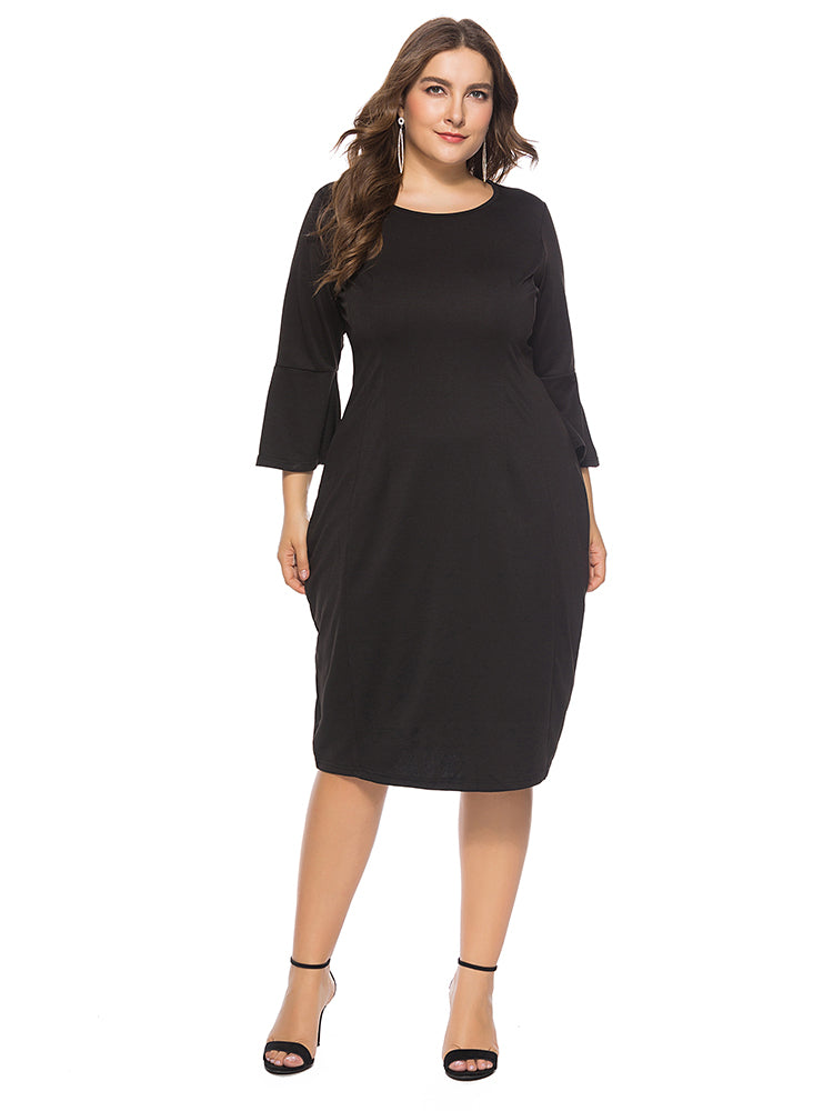 Round neck large size slim trumpet sleeves long dress