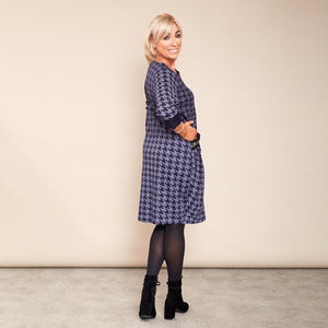 Kate Houndstooth Dress (Navy)