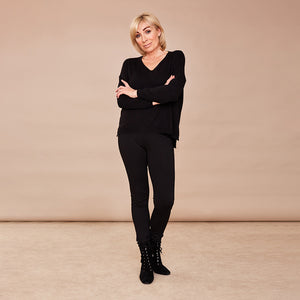 V Neck Jumper (Black)