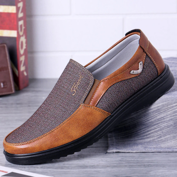 Large Size Men Casual Lightweight Comfy Slip On Oxfords Flat Slip On Shoes