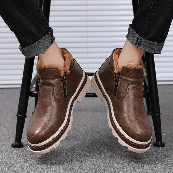 2018 Fashion Warm Plush Leather Comfort Boots
