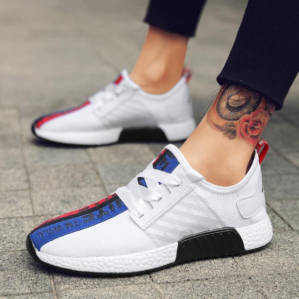 2019 New Men Light Running Shoes