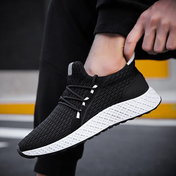 2019 Fashion Breathable Light Running Casual Shoes