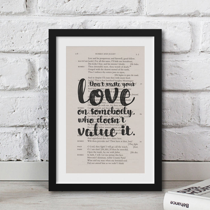 gifts for book lovers Romeo and Juliet print quote