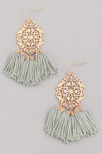 FULL OF FRINGE EARRINGS - GREEN