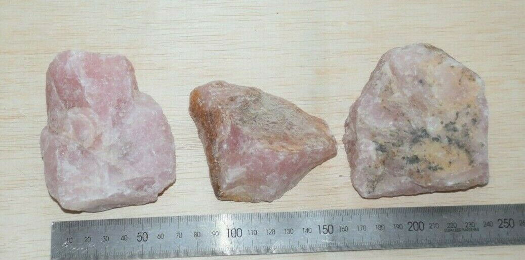 Rose quartz bulk 1 kilo bag natural rough mixed stones sizes 3 pieces 1 kilo