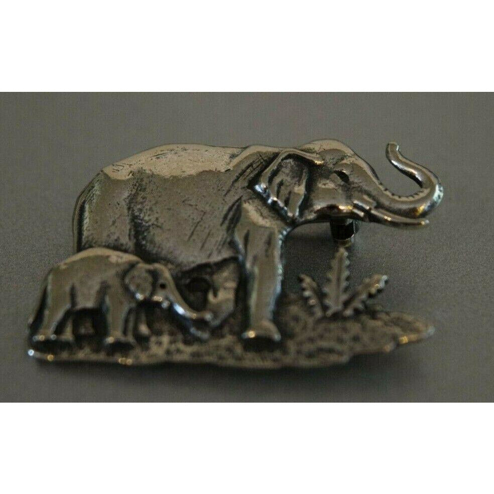 Brooch Pin decorative jewelry Handmade Australia pewter clip Elephant Family