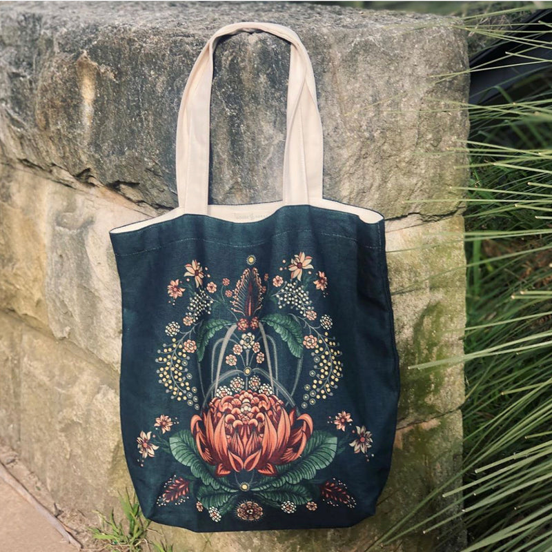 """Bush Bouquet"" Belgian Linen Shopping Bag - Navy"