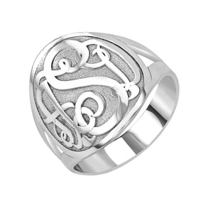 Fink's 18mm Classic Bordered Monogram Ring