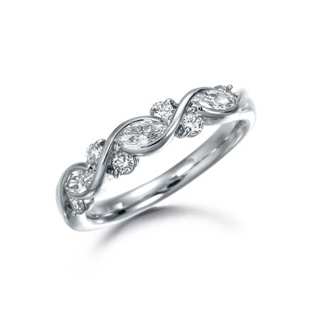 Suwa Platinum Marquise Cut Diamond Ring