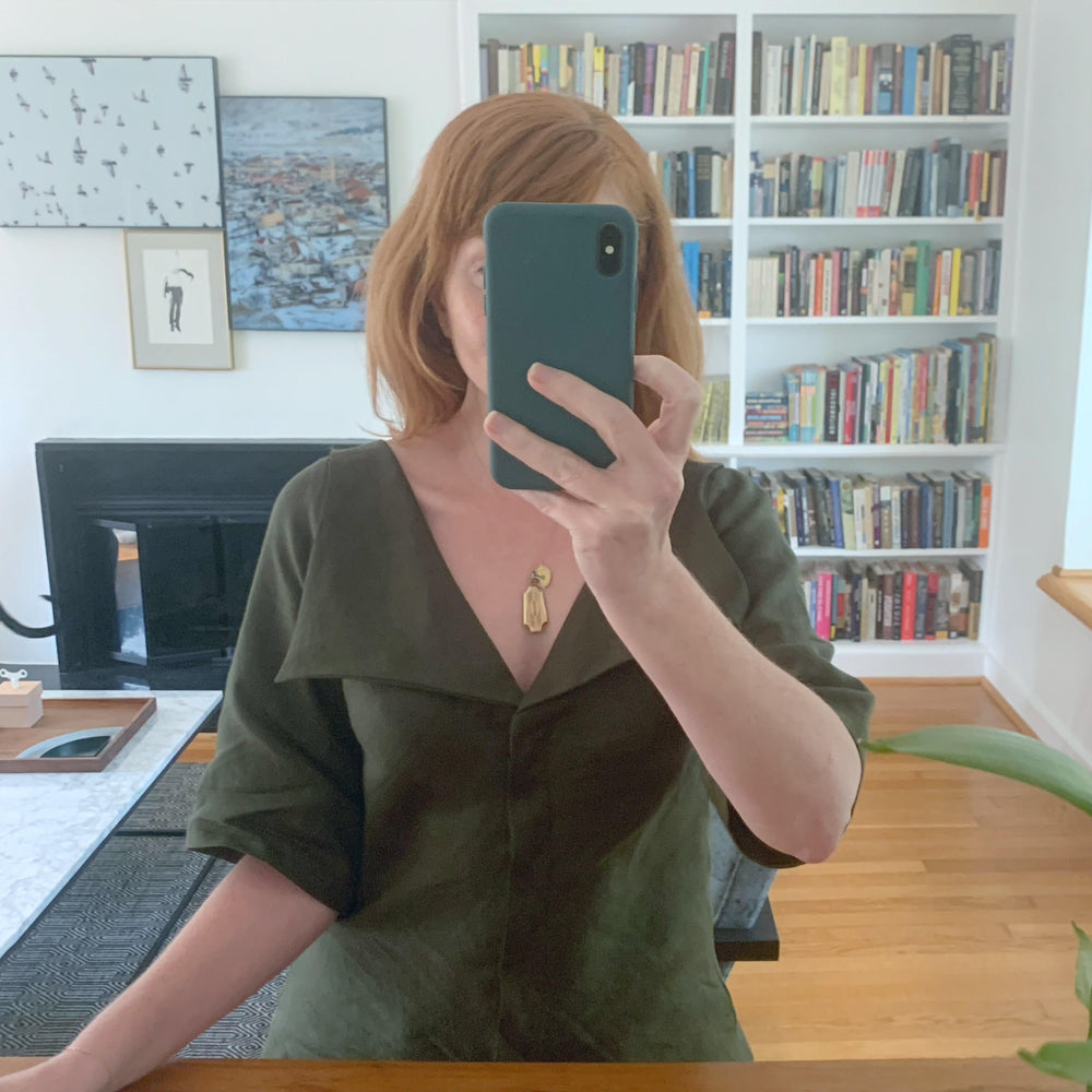 Marta Blouse with Puritan Collar / Olive Green Linen
