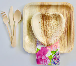 "Disposable Palm Leaf Plate 10 Pieces 9.5""And 10pice 6.5 Heart - 30 Pieces Cutlery Set"