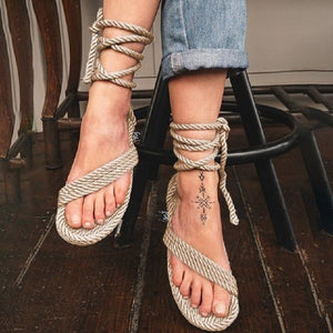 cross strappy sandals - Jeybeauty