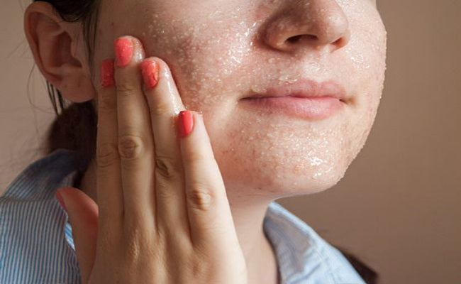 Skin - SKINCARE MYTHS - FACT OR FAUX?