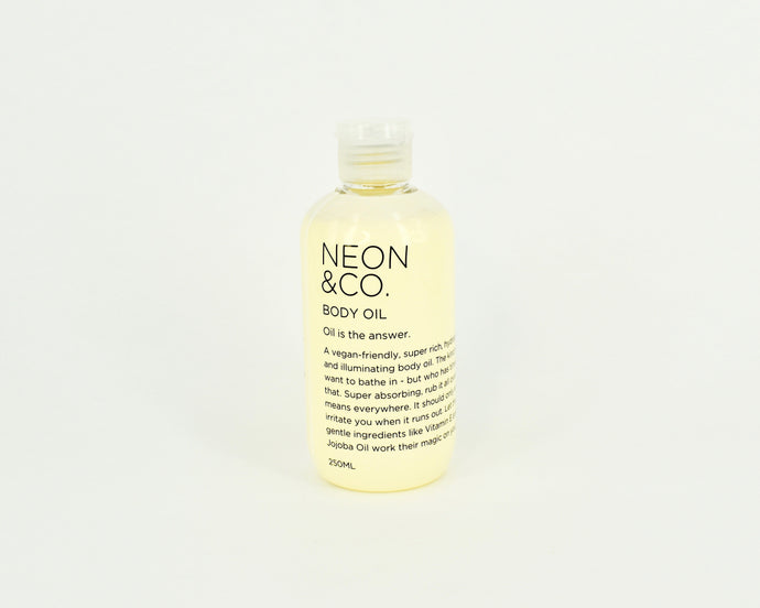 Vegan illuminating Body Oil - Best Seller!