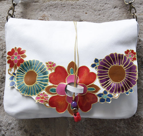 Large white leather bag with mexican flowers design