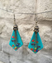 Load image into Gallery viewer, pendiente rombo earrings with chain