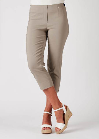 Rose 07 Crop Trousers in Light Taupe 13