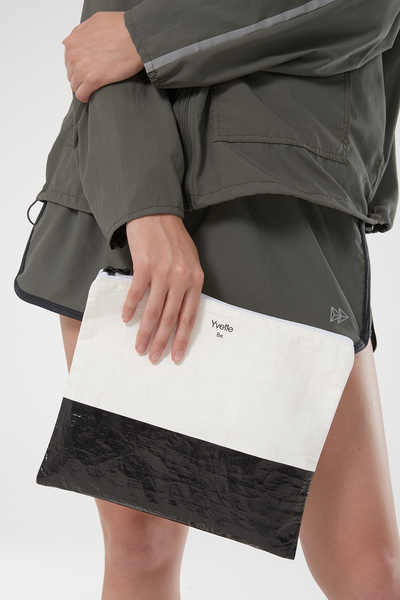 Clutch Sky White/Black - Yvette Sports