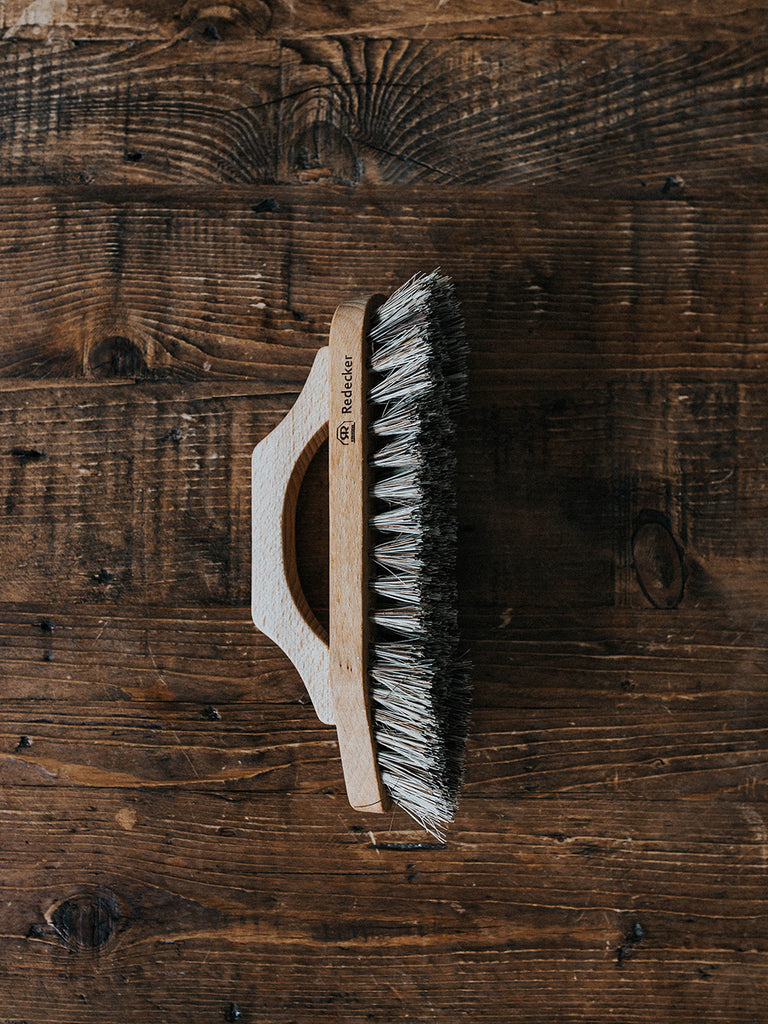 Redecker Scrub Brush - Bow Shape Handle