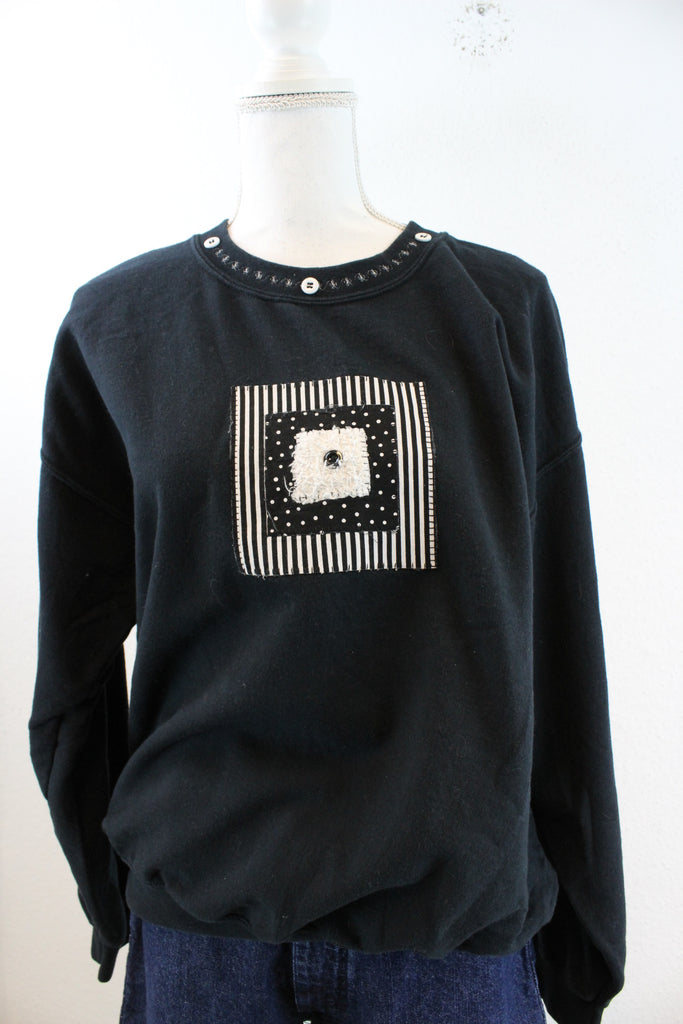 Vintage Patch Button Sweatshirt (L) - Vintage & Rags Online