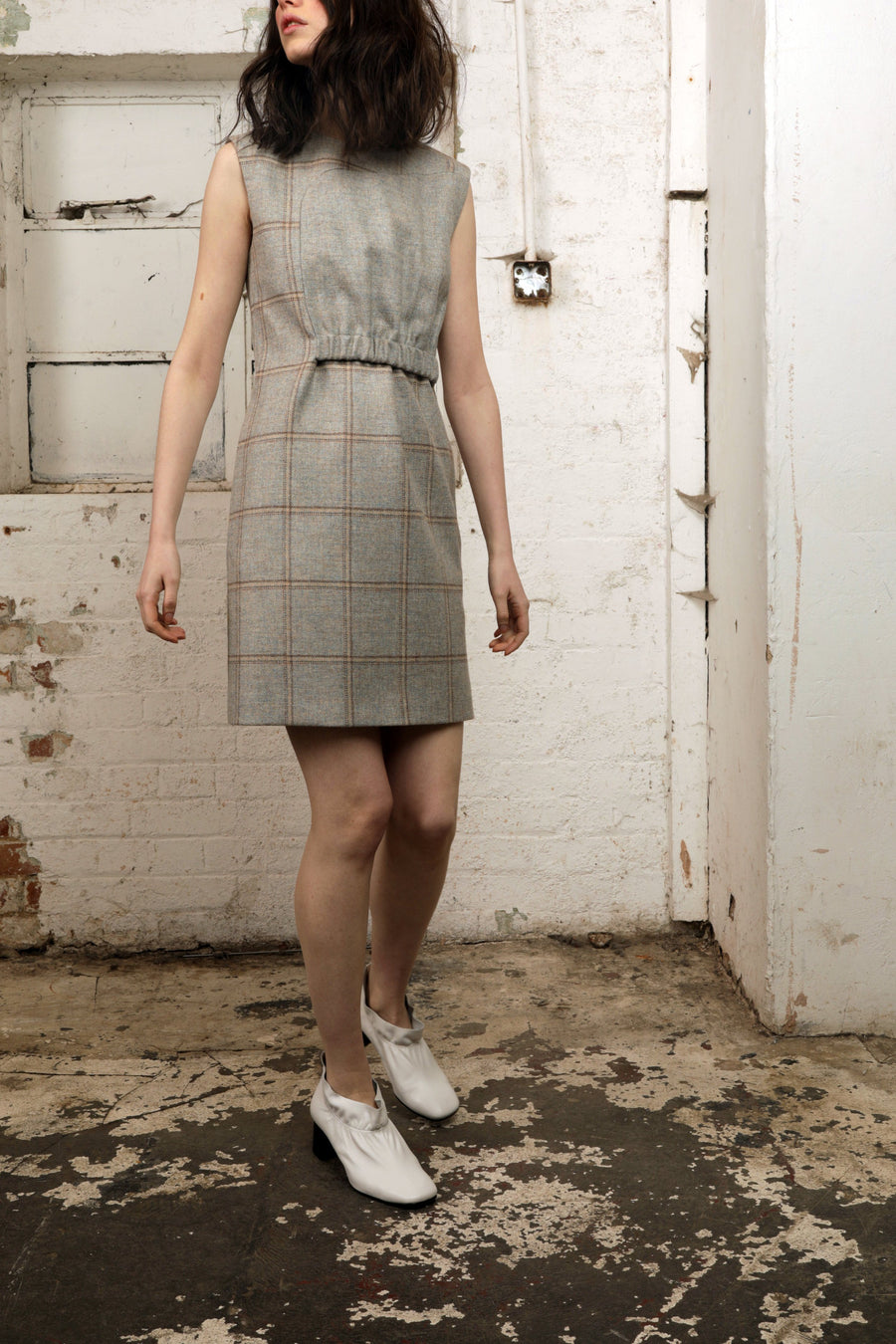 DATURA – WOOL CHECK SLEEVELESS DRESS