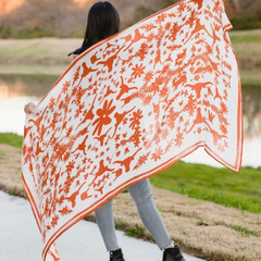 Texas Longhorns Large Otomi SPirit Snob Scarf with Hookem Horns