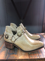 Ranchy Woman Western Style Boot