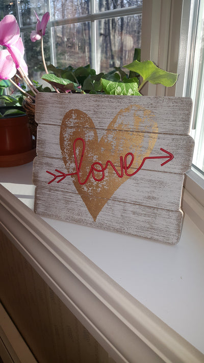 Love Sign with Metal Script Arrow Wedding A Rustic Feeling