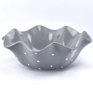 Polka Dot 4-quart Ruffled Serving Bowl