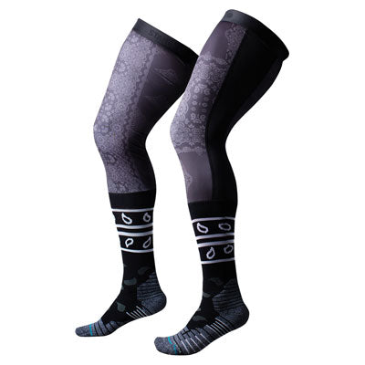 Stance Knee Brace Moto Socks Clash Black