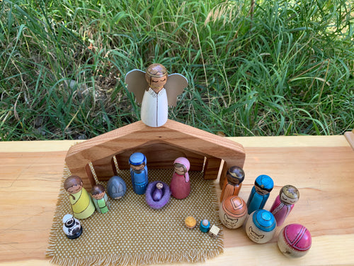 Full nativity Set (23 pieces)