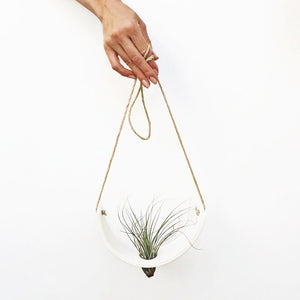 Hanging Ceramic Air Plant Cradle White Earthenware