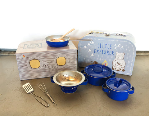 Bear Camp Kitchen Cooking Play Set
