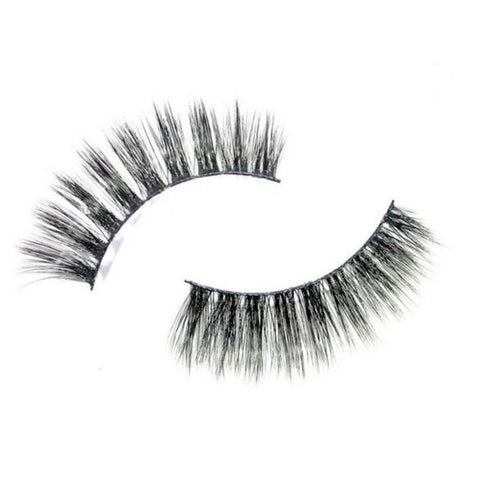On Hand -Daisy Faux 3D Volume Lashes