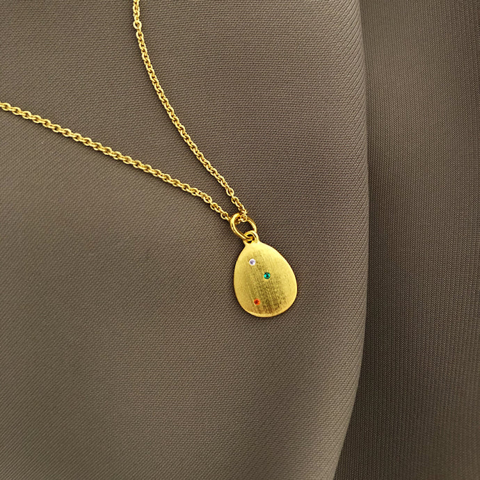 Glam egg necklace