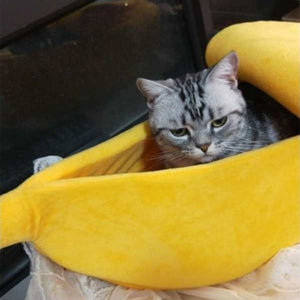 Dogs Bed Pet Sleeping Bag Autumn Winter Washable Banana Cage For Dogs Cats House Cute Banana Shape Dog Bed