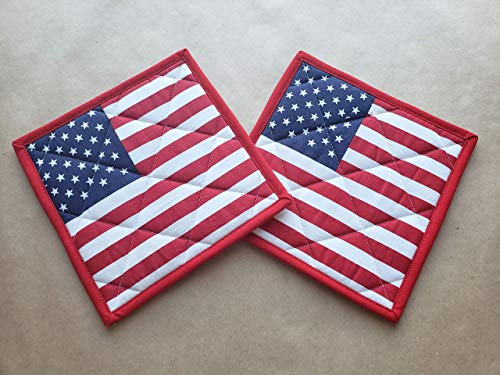 American Flag Quilted Potholders Red White and Blue Set of 2 Insulated Trivets Pair Quilted Hot Pads Patriotic Pot Holders BBQ Cookout 4th of July Memorial Day Stars Stripes Americana Kitchen Linens