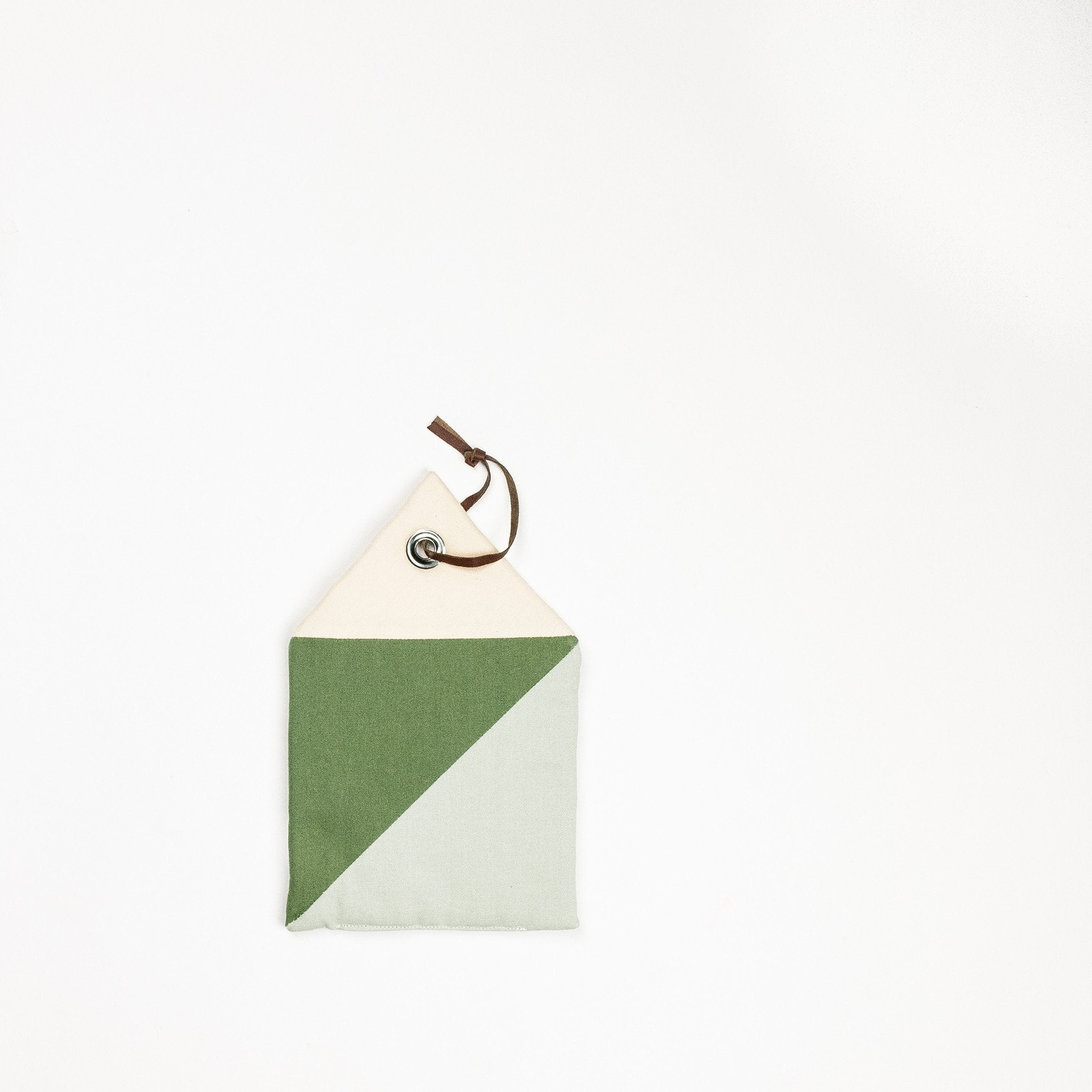 Ferm Living House Pot Holder (mint)