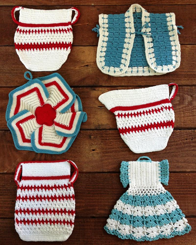 Vintage Red and Aqua Potholders Crochet Pattern