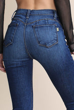 Load image into Gallery viewer, Luna Nora Skinny Jeans